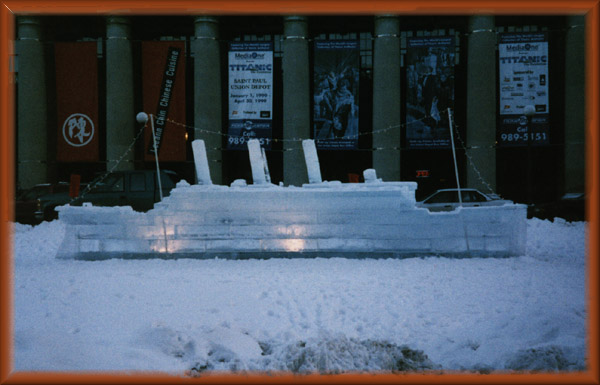 Titanic Ice Sculpture